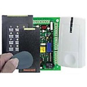Sistema de control de acceso a puertas Honeywell - Código llave - 1000 Usuario(s) - 2 Puerta(s) - Wiegand